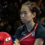 卓球女子、第3試合を勝ち取ったところで、この試合で応援がうるさすぎてイエローカードをもらい、頑張って黙ろうとしてる石川佳純ちゃんを見てみましょう。可愛すぎますね。