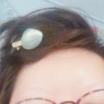 貝殻のヘアピンつけたまんま寝たら朝ちょっとかわいい感じになってたから写メったやつと夏コミのわたし