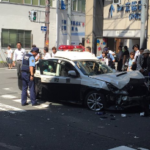 京橋駅前で警察が事故ってて草