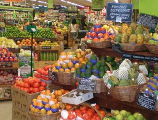 いま47都道府県を1県ずつ訪ねてスーパーを取材しているのですが、食文化というのはつくづく、県ではなくて「藩」で分かれていると認めざるを得ません。