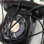 黒電話分解したら、単純な構造だったこと以上に、中から回路図が出てきたことに驚いた。
