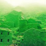中国浙江省の後頭湾村は、かつては3000人住んでたのに、廃村になり現在1人しか住んでないらしい。ハリーポッターの撮影とかしたらすごく人気でそう。