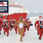 イギリス海軍のホームページが 完全にクリスマスモード。