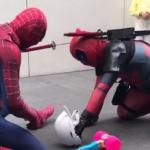 スパイダーマン VS デッドプール