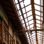 取り急ぎ一枚だけ、兵庫県西脇市の旭マーケット。おそらく我が国トップクラスの木造アーケード建築。