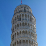これはね、スマホを傾けて写真を撮ってピサの直塔ですってやろうとしたら