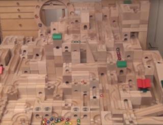 将棋界の風雲児、藤井聡太四段が幼少時からやってたという「CUBORO」っていう積み木の知育玩具があるんだけど