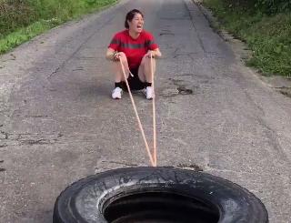 私のタイヤ引き