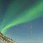 南極・昭和基地の空の様子です。