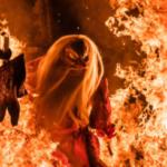 この前の日曜日に、古平町で撮影した「天狗の火渡り」。