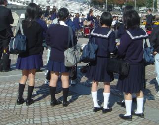 お嬢様女子中学から庶民女子高校へ編入した友人