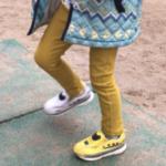 坊4歳にアレッ靴が左右バラバラだよと言ったら